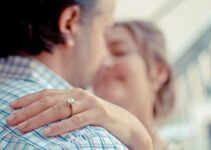 Choosing The Engagement Ring