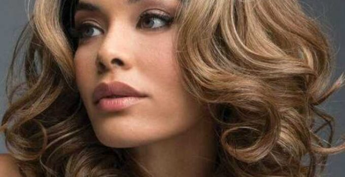 Buy amazing wigs for your extra glamour