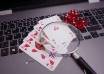 What are the advantages of playing in online real money casinos?
